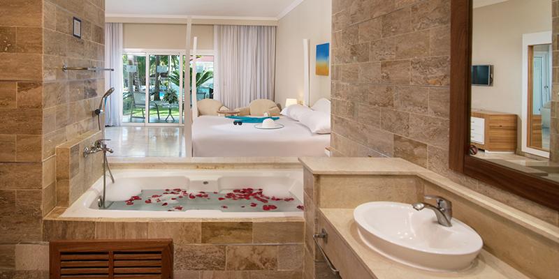 Cofresi Palm Beach Spa Resort